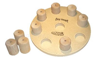 Hundespielzeug aus holz